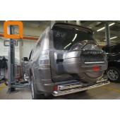 Защита заднего бампера Mitsubishi Pajero (Митсубиши Паджеро) IV (2011-2014/2014-) (двойная) d 76/60