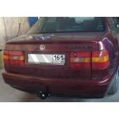 Фаркоп для VW Passat (Пассат) IV Lim / Var (1993/9-1996) .